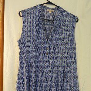 CB sleeveless blouse